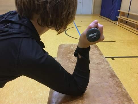 Übung 2 zur Verhinderung der Handgelenksarthrose